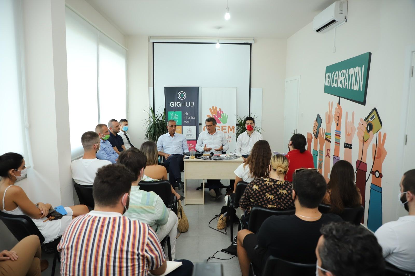 Erhürman: Girişimci gençlerin önü açılmalı