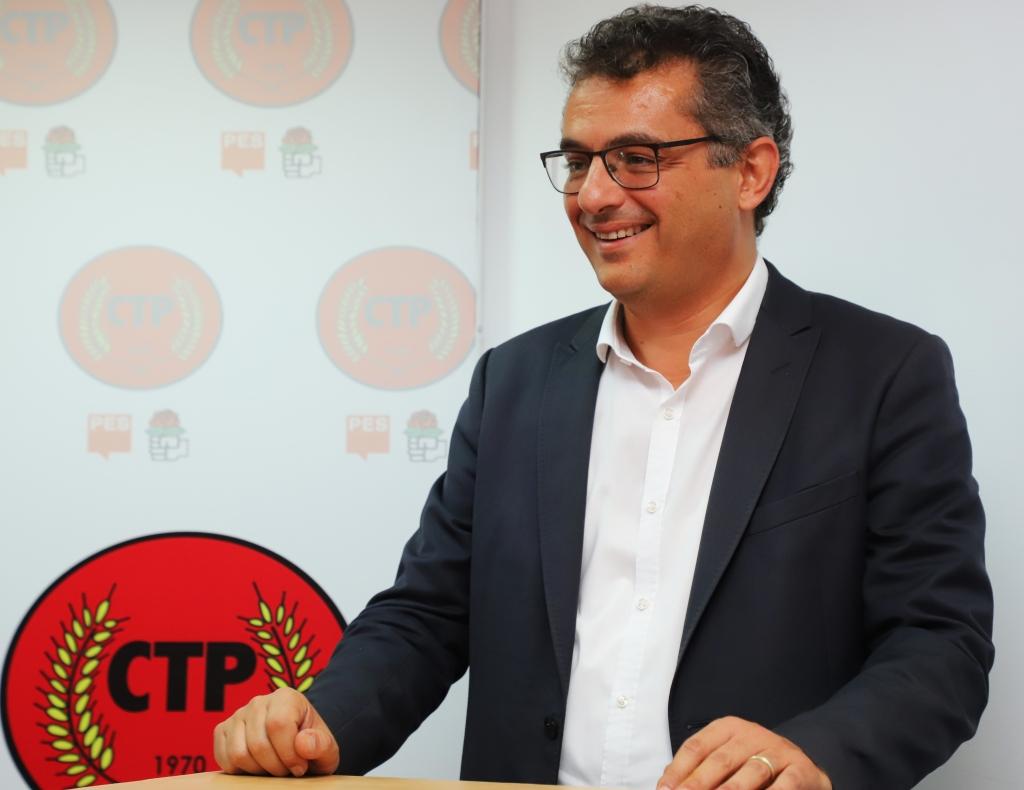CTP PM'de alkış sesleri